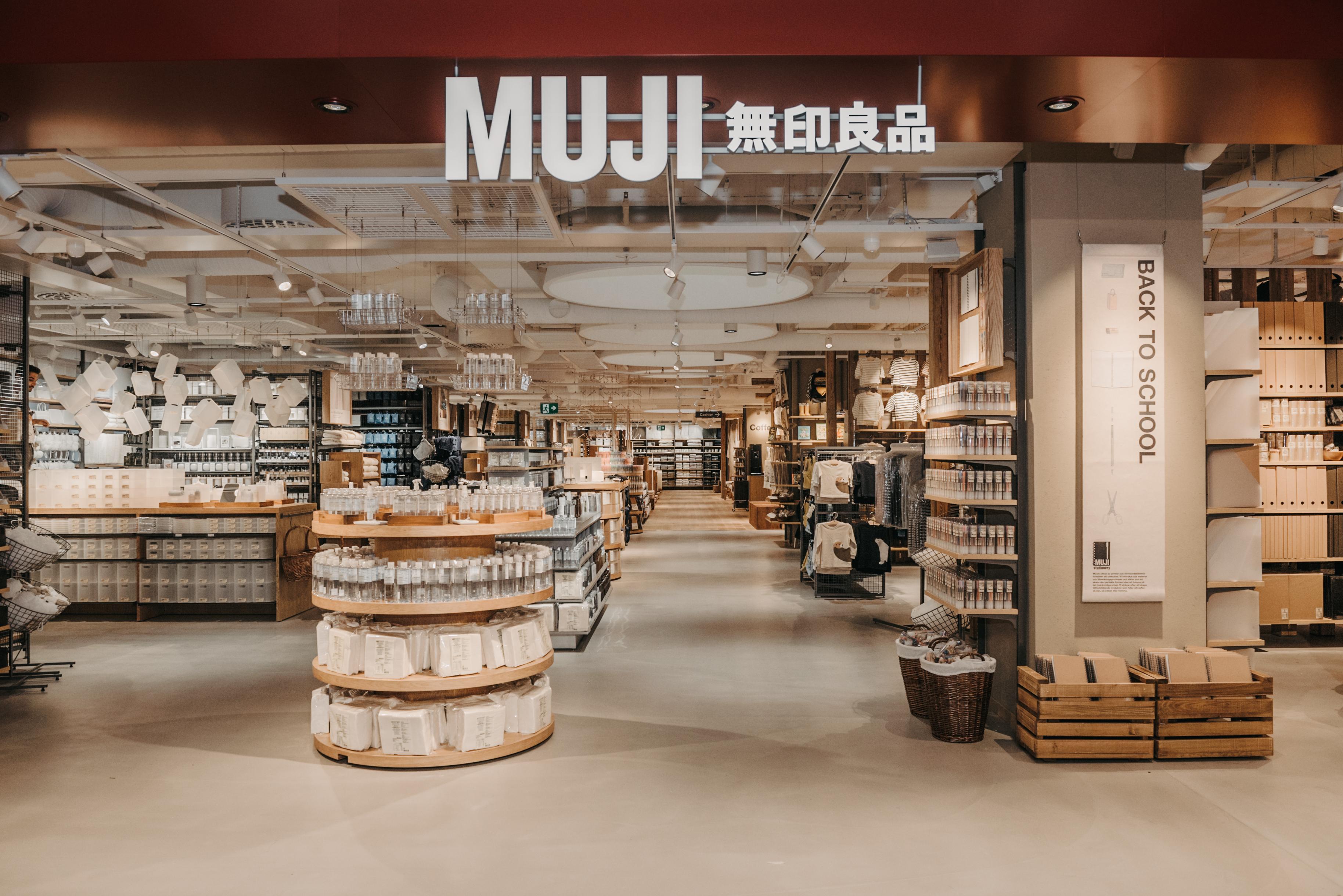 Japanska MUJI Öppnar Sin Största Butik I Europa – På Åhléns City